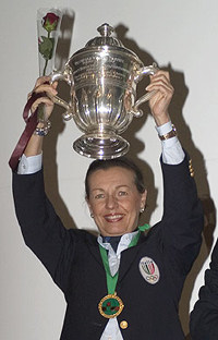 Maria Teresa Lavazza with the conquered olympic goblet to Istanbul in 2004